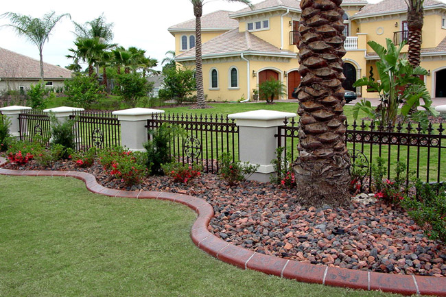 Landscaping Garden Edging Ideas 650 x 433